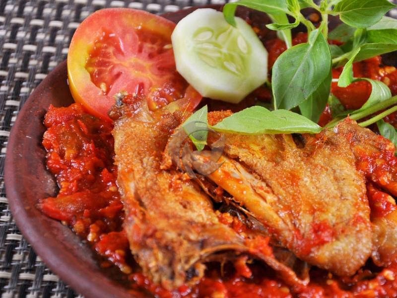 5 Makanan Penyebab Diare